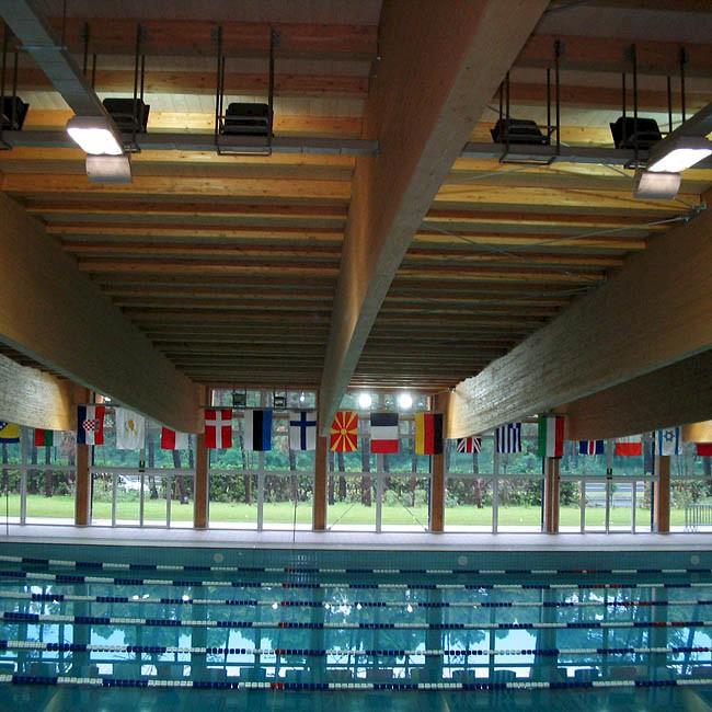 palazzetto e piscina lignano tutondo